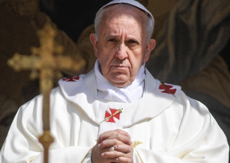 papafrancesco-a-fatima