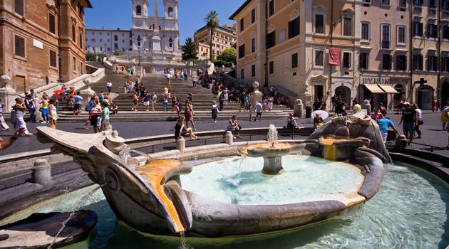 barcaccia-piazza di spagna-roma
