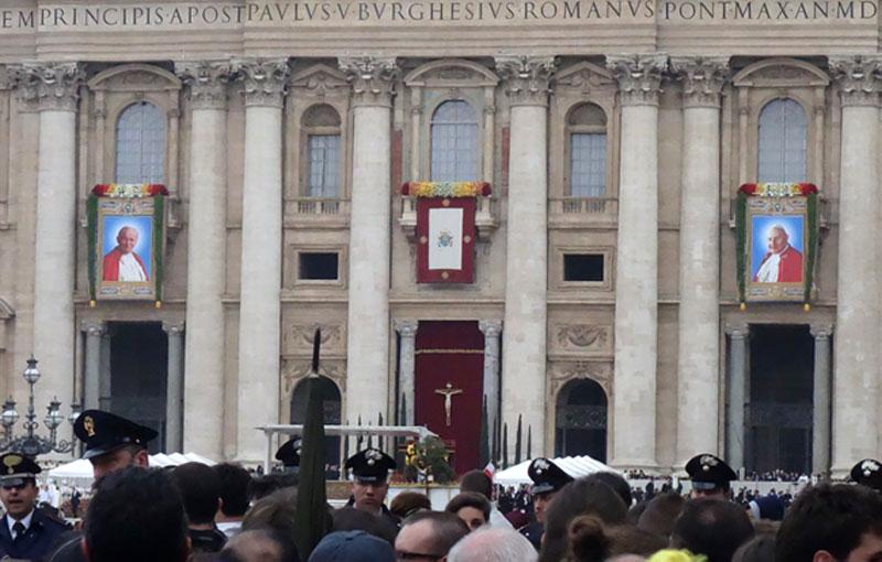 canonizzazione-giovannipaoloII-giovanniXXIIIcanonizzazione-giovannipaoloII-giovanniXXIII-ilvaticanese