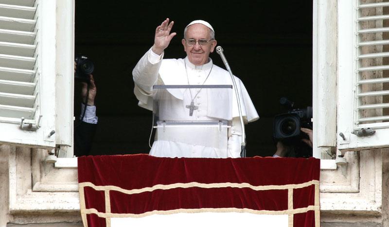papa-francesco-angelus-15-agosto-2015