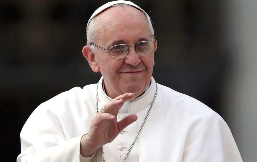 papa-francesco-angelus-16-giugno-2014