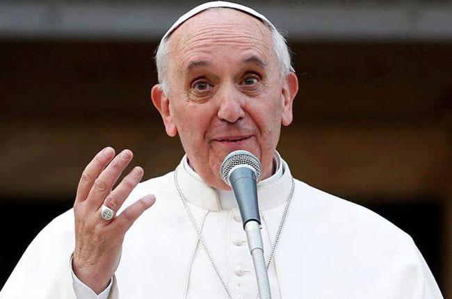 papa-francesco-angelus-castel-gandolfo-vaticanese