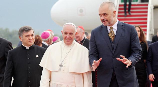 papa-francesco-ed-rama-albania
